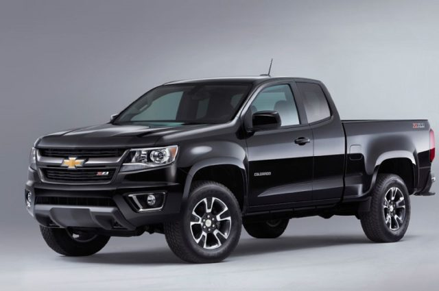 2017 Chevrolet Colorado front
