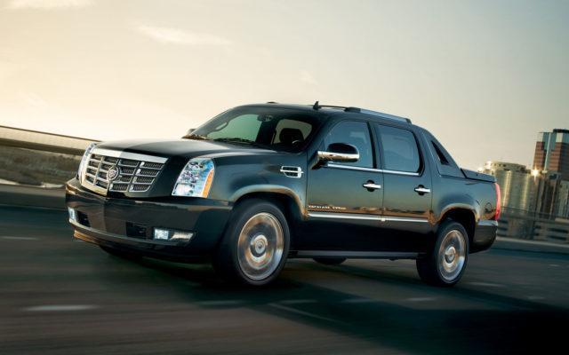 Cadillac Escalade EXT front