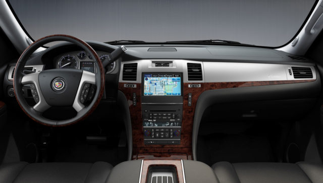 Cadillac Escalade EXT interior