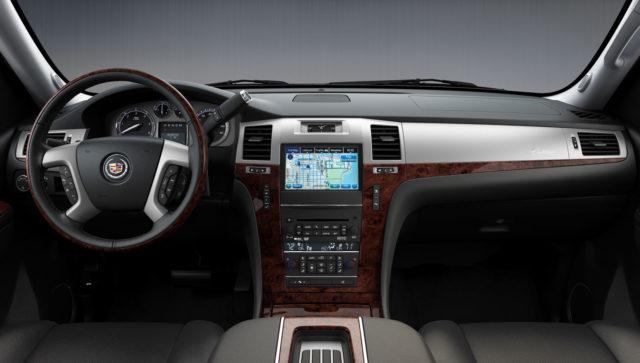 Cadillac Escalade EXT interior