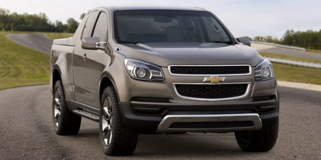 Chevrolet Avalanche front