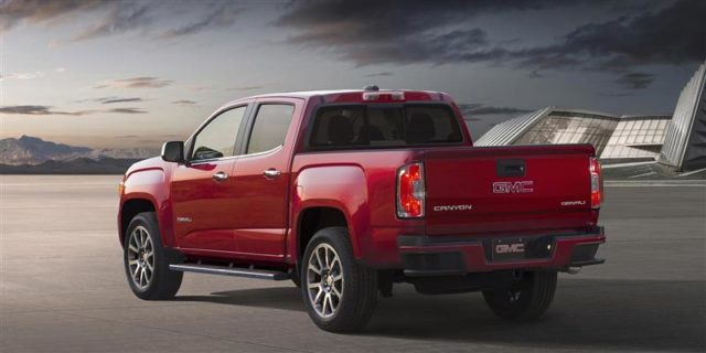 2017 GMC Canyon Denali rear