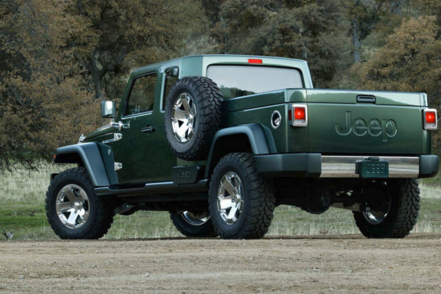 2017 Jeep Gladiator Pickup Truck rear