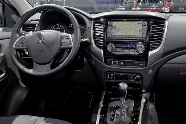 2017 Mitsubishi L200 Elegant Looking Exterior - New Best Trucks