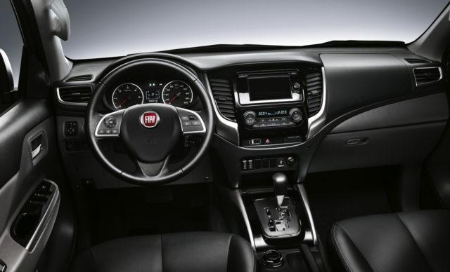 Fiat Fullback 2017 interior