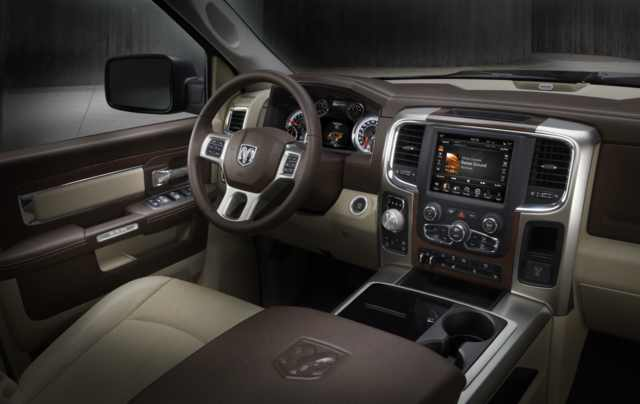 2017 RAM 3500 - interior