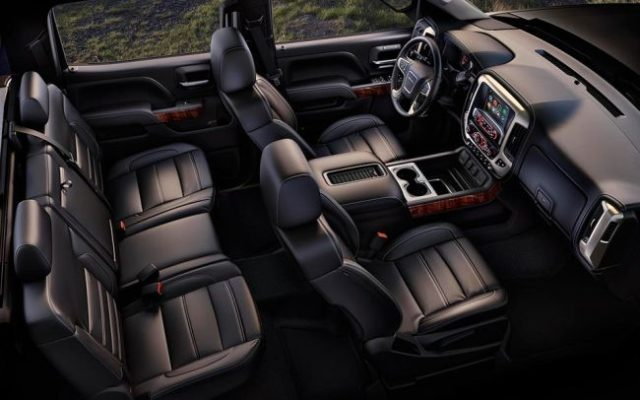 2017 GMC Sierra Denali Ultimate interior