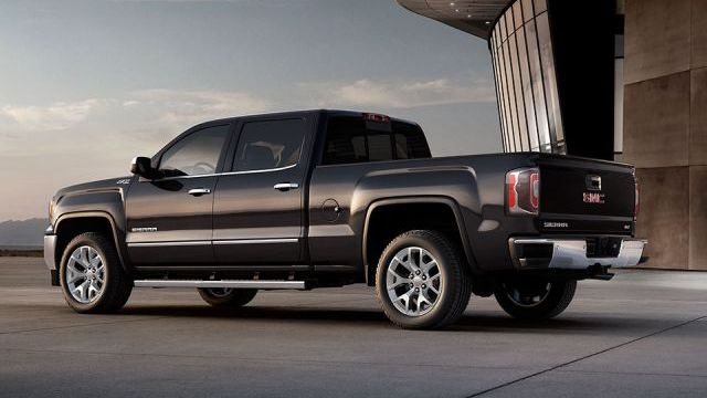 2017 GMC Sierra Denali Ultimate side