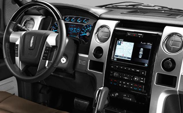 2017 Lincoln Mark LT interior