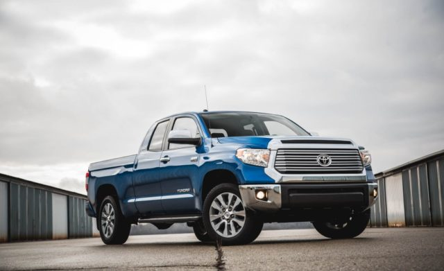 2017 Toyota Tundra front