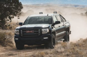 2017 GMC Sierra HD All TeRerrain X front