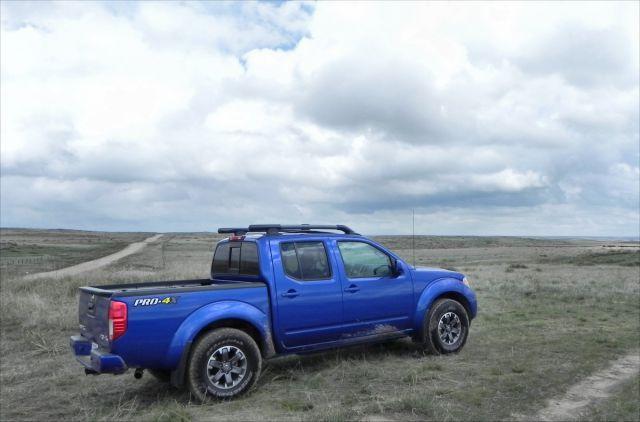 2017 Nissan Frontier PRO-4X rear