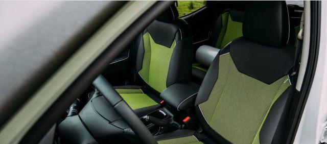 Nissan NavaraEnGuard interior