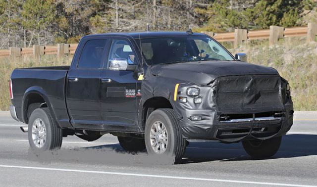 2018 Dodge Ram 2500/3500 side