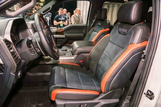 2017 Ford F-150 Raptor SuperCrew Cab interior view