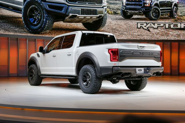 2017 Ford F-150 Raptor SuperCrew Cab rear
