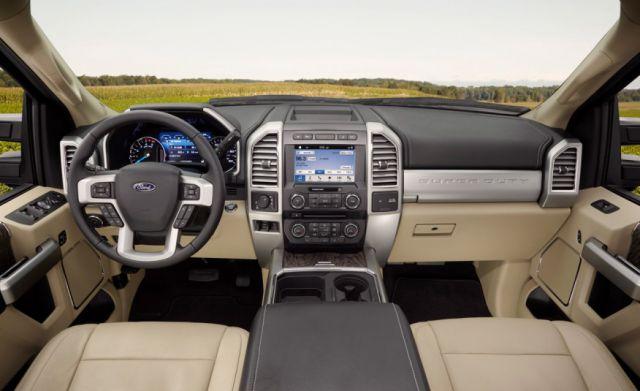 2017 Ford F-250 Super Duty Crew Cab interior