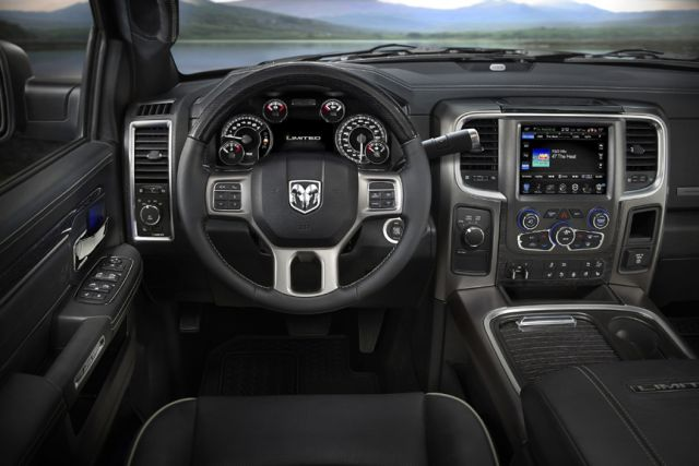 2017 Ram Heavy Duty Night Edition interior
