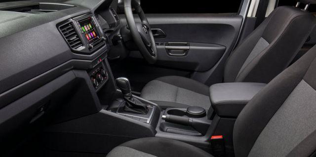 2017 VW Amarok interior