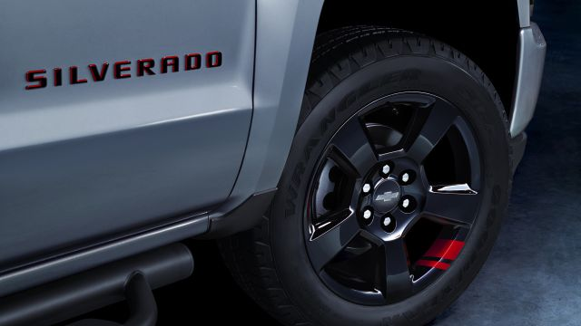 2018 Chevy Silverado Redline Edition Wheels