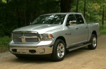 2017 Ram 1500 Lone Star Silver Edition front