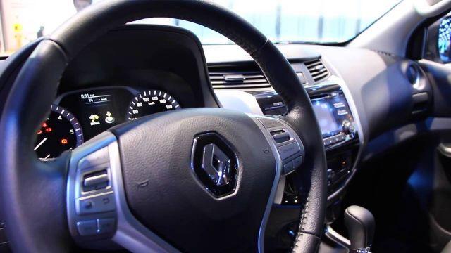 2017 Renault Alaskan interior
