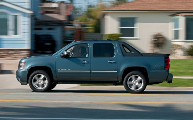 2018 Chevy Avalanche rear