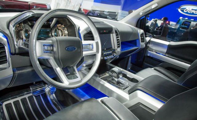 2018 Ford F-150 Atlas interior view