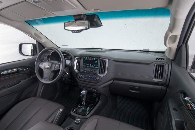 2018 Holden Colorado Z71 interior