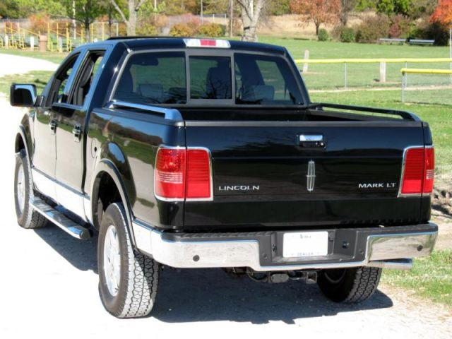 2018 Lincoln Mark LT rear