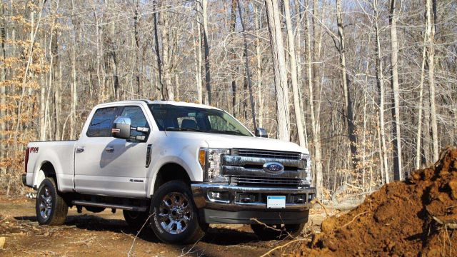 2018 Ford F-250 side