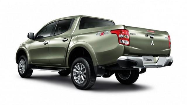 2018 Mitsubishi Triton rear