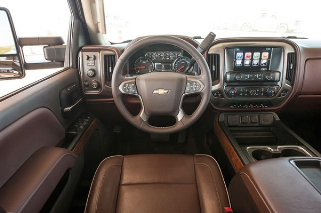2018 Chevy Silverado 3500 interior