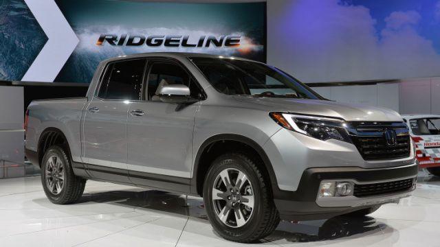 2018 Honda Ridgeline front