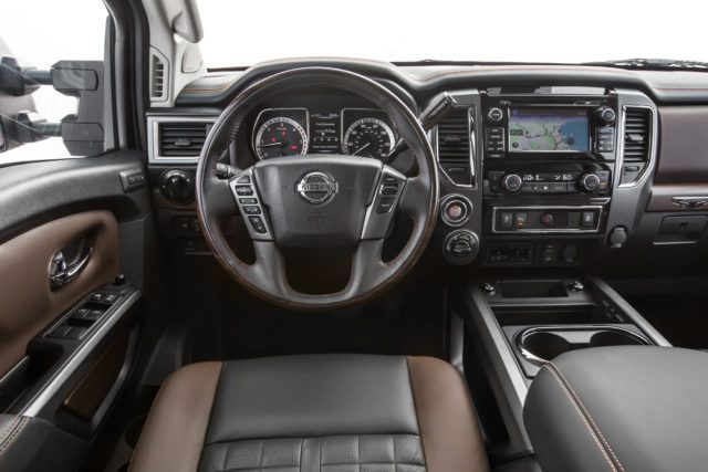 2018 Nissan Titan XD interior