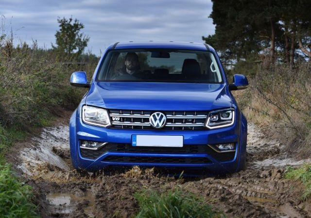 2018 VW Amarok front