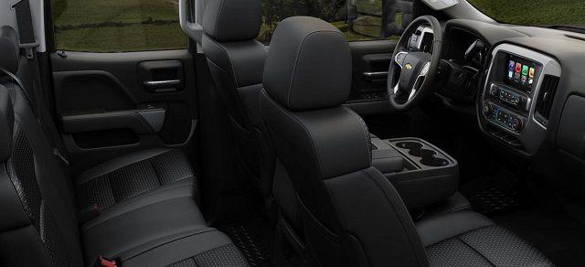 2018 Chevrolet Silverado 3500HD interior