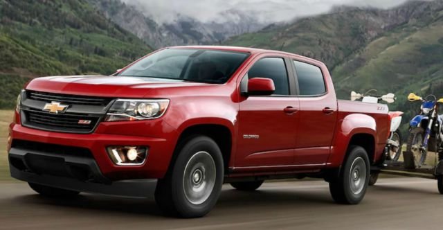 2019 Chevy Colorado side