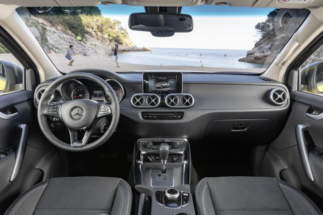 2018 Mercedes-Benz X-Class interior view
