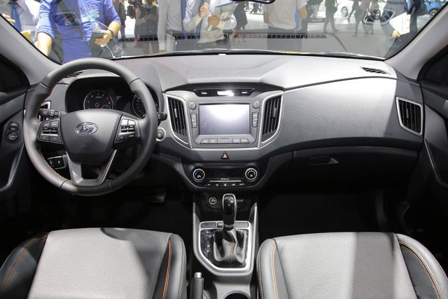 2019 Hyundai Creta pickup truck interior