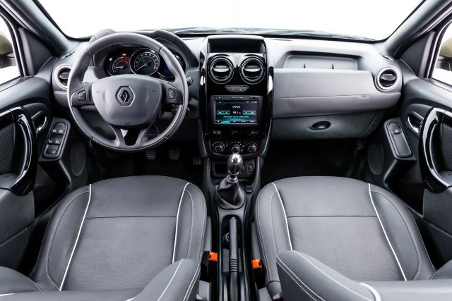 Dacia Duster Pickup Truck interior view