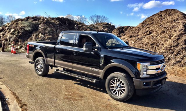 2019 Ford F-250 side