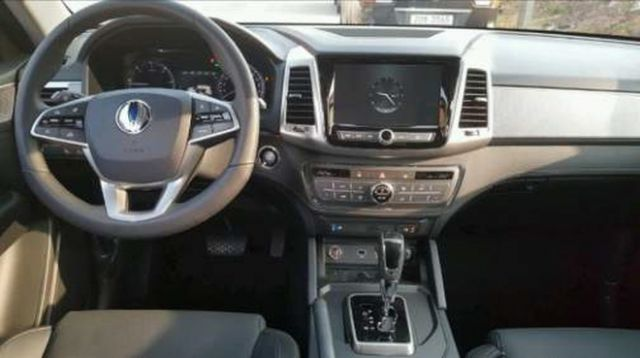 SsangYong Rexton Sports pickup interior