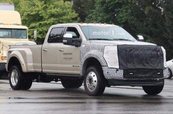 2019 Ford Super Duty spy photo 1