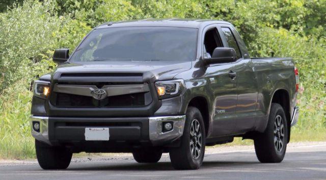 2019 Toyota Tundra front