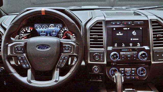 2020 Ford F-150 Raptor interior