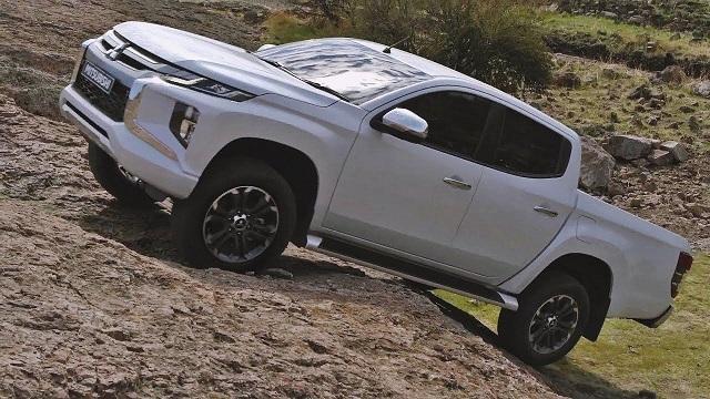 2021 Mitsubishi Triton off-road