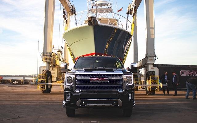 2022 GMC Sierra 2500HD towing capacity