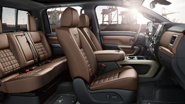 2022 Nissan Titan XD interior