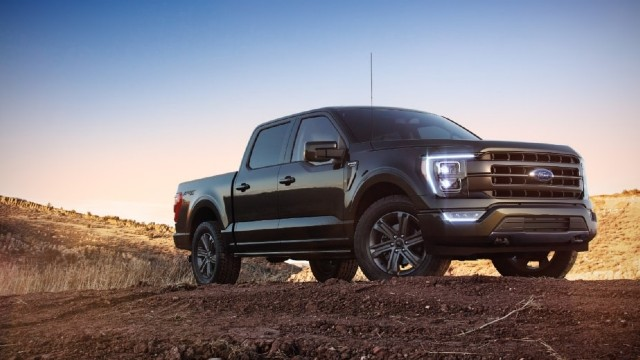 2022 Ford F-150 PowerBoost Hybrid exterior